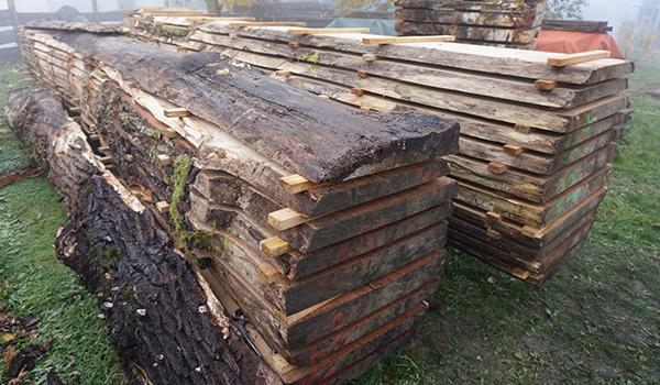 4 Holzlager aussen