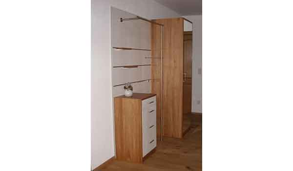 moderne garderobe in eiche massiv gewa die m belschreinerei. Black Bedroom Furniture Sets. Home Design Ideas