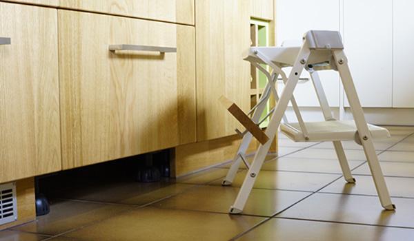 moderne k che mit eichenholz gewa die m belschreinerei. Black Bedroom Furniture Sets. Home Design Ideas
